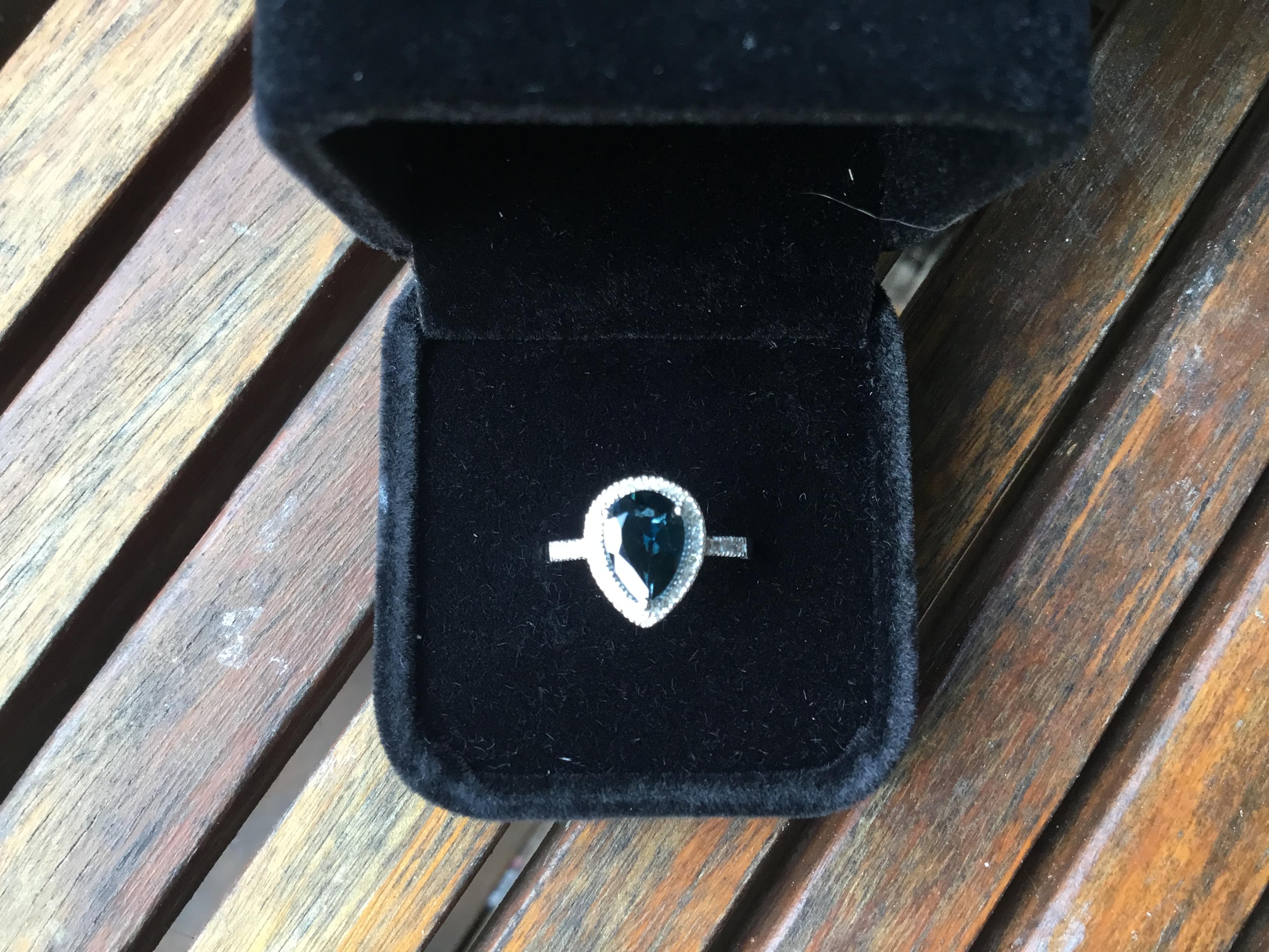 2carat Topaz with 38 diamonds