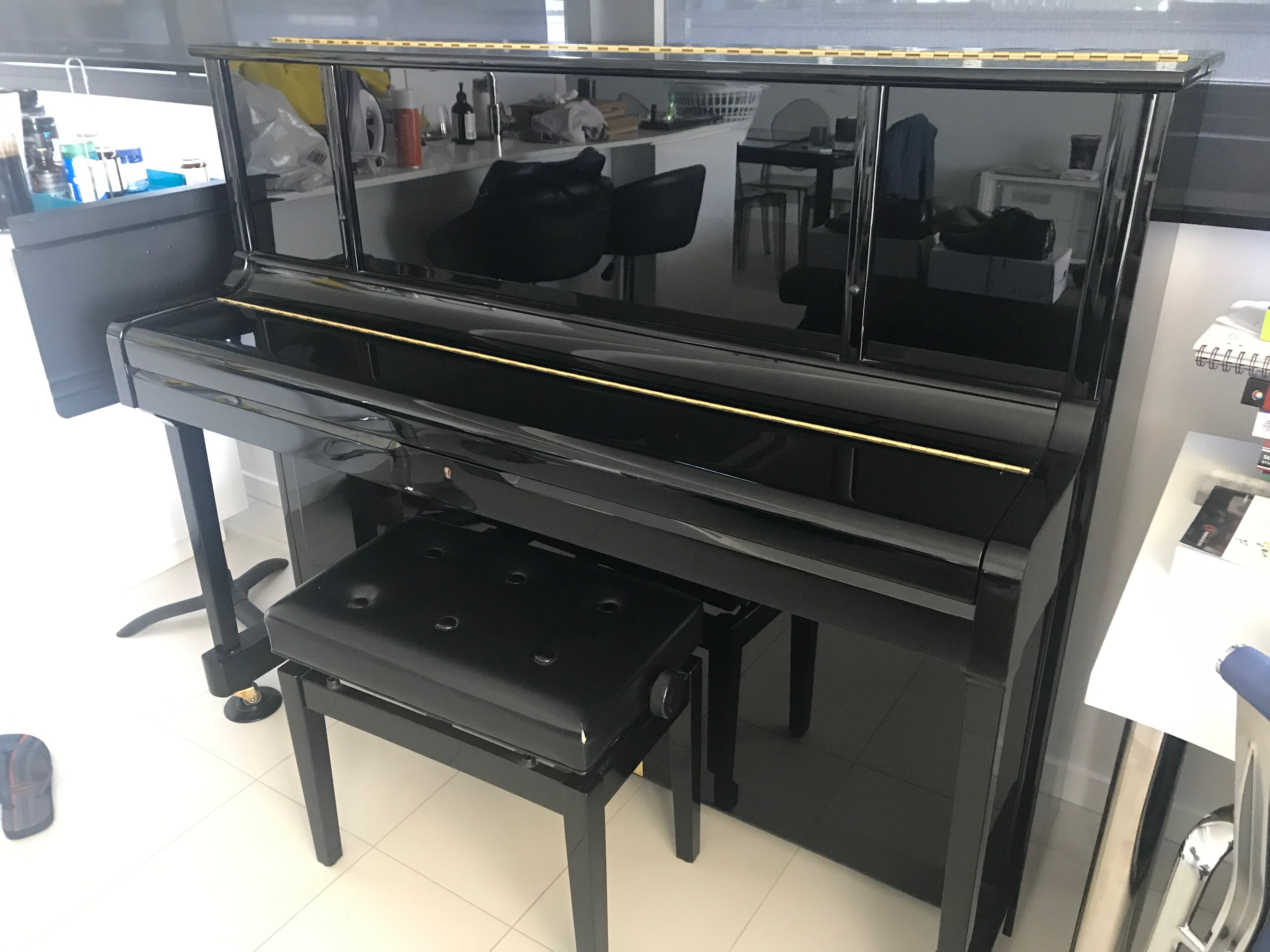 Kawai K35AU Upright Piano in Excellent Condition $5000 negotiable Brisbane