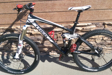 "2013 Trek: Remedy 9.8 19.5"" Carbon Full Suspension"