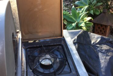 4 Burner  Coolabah BBQ with wok burner and cover