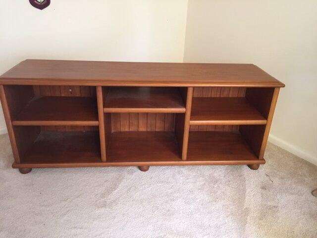 Entertainment Unit/Book shelf