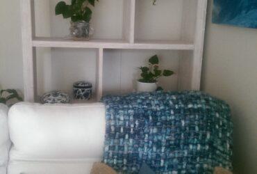 Bookcase/ Shelf Unit/ Display cabinet